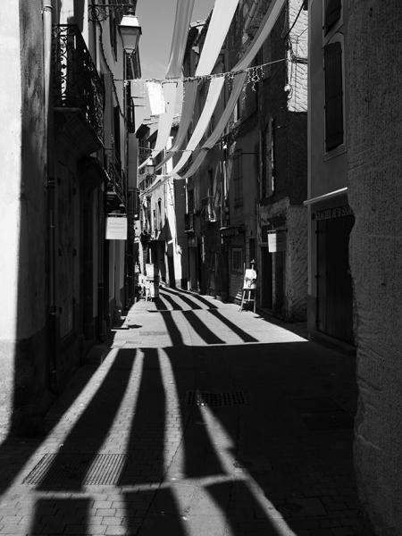 http://www.mounasaboni.com/files/gimgs/48_6-rue-de-lamour.jpg